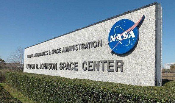 L'œuvre d'un jeune haïtien intéresse la NASA 26