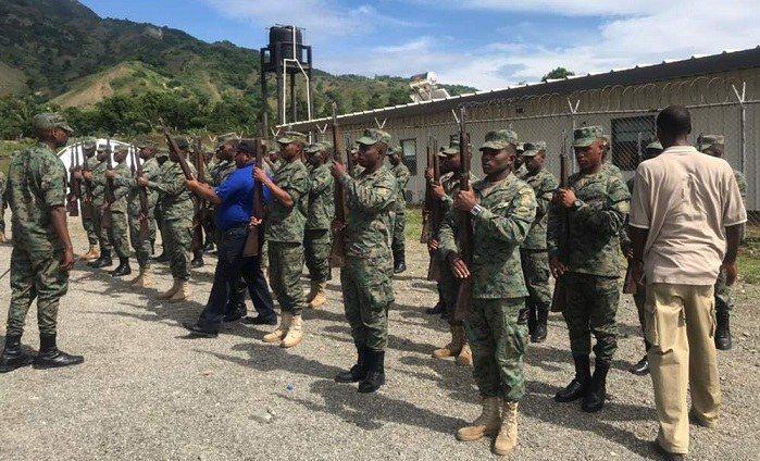 Haïti-Armée : Les militaires s'entraînent pour la commémoration de la Bataille de Vertières 27