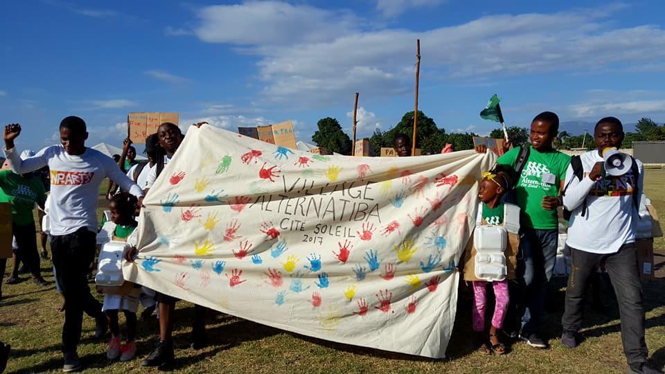 Le village Alternatiba veut agir contre le phénomène de la dégradation de l'environnement 26