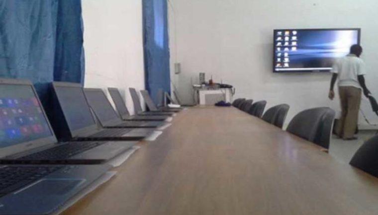 Insolite : L'administration publique haïtienne plongée dans un black-out électronique ! 27