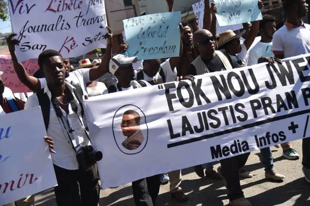 Presse : Des journalistes haïtiens et étrangers ont marché pour Vladjimir Legagneur 31