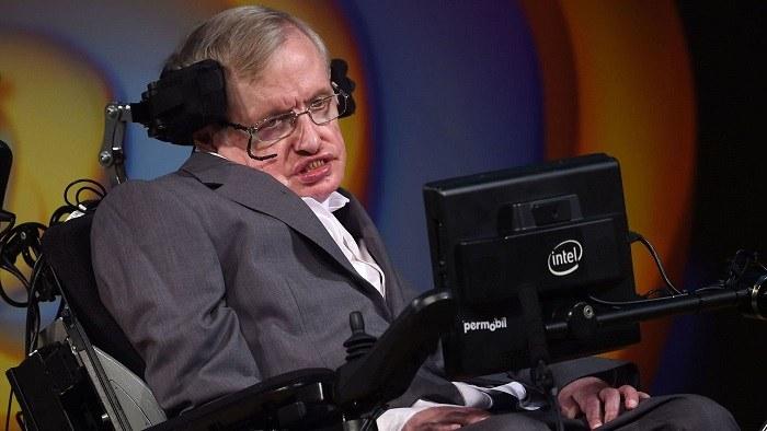 Le célèbre astrophysicien britannique Stephen Hawking est décédé 31