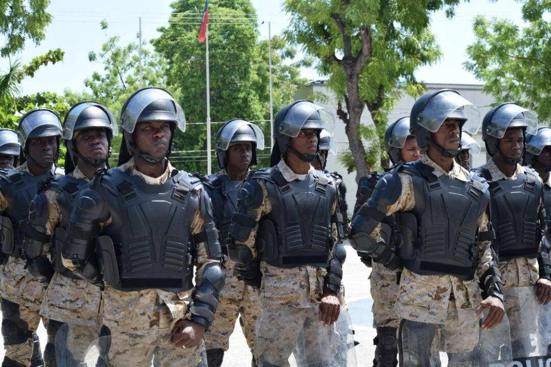 Haïti / Sécurité : 106 policiers 99 hommes dont 7 femmes viennent de renforcer les rangs du CIMO 39