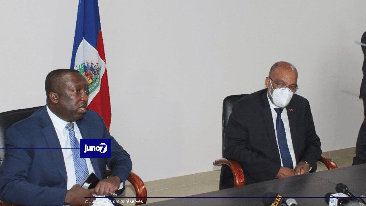 Visite du Premier ministre Ariel Henry à la Cour des Comptes et au Service de l'Immigration