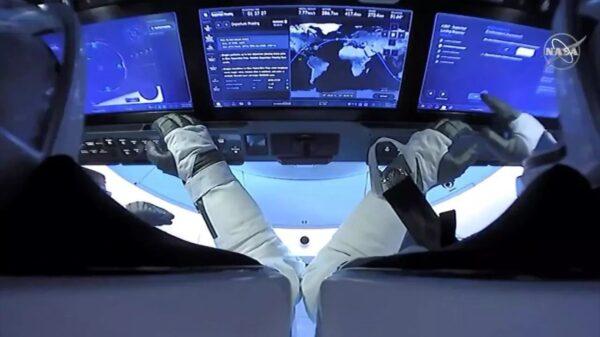 La capsule SpaceX a amerri dans le Golfe du Mexique avec 2 astronautes à bord