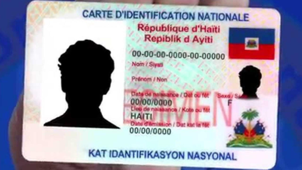 L'ancienne carte d'identification nationale n'est plus valable selon Rockfeller Vincent