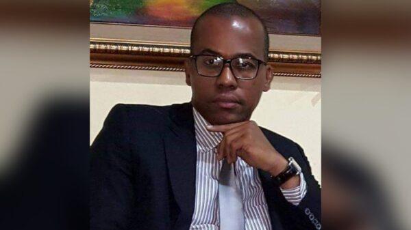 Haïti: le Dr Fritz Dorvilier presente sa thèse sur la question du mandat présidentiel