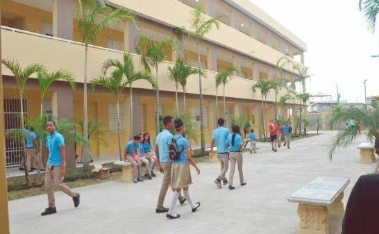 République dominicaine annonce la fin de l'année scolaire au 19 juin