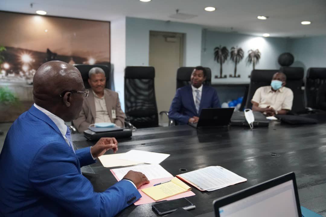 Le PM Jouthe rencontre le Recteur de l'UEH et des Responsables de l'ENS