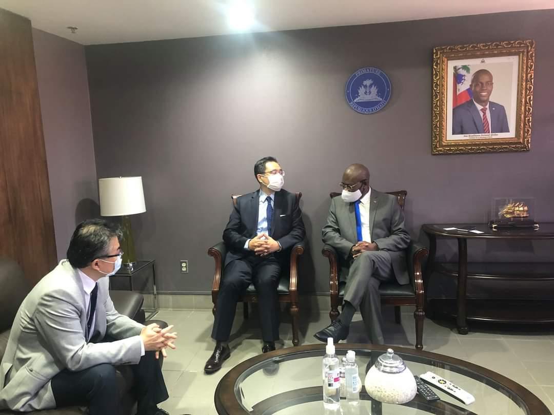 Pour les 109 ans de la République de chine (Taïwan), Joseph Jouthe renouvelle l'amitié d'Haïti