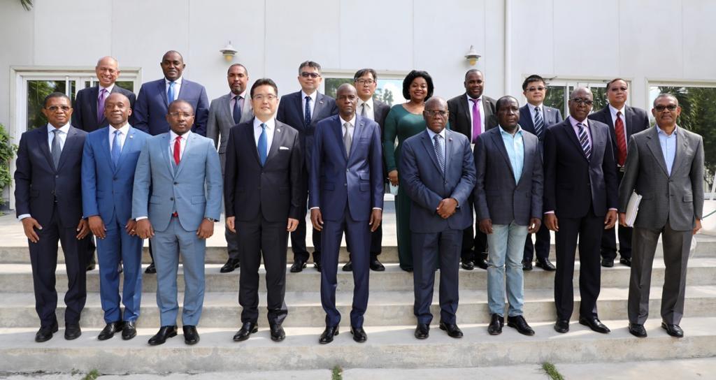 Coopération : Jovenel Moïse rencontre des bailleurs internationaux, l'UE octroie 33 millions d'euros à Haïti.