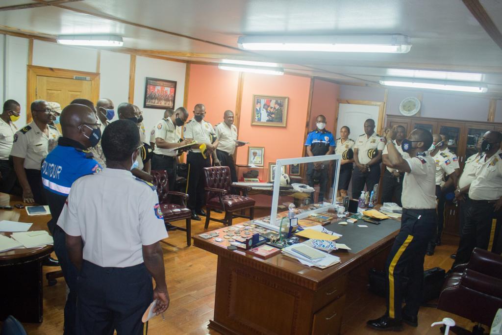 Le DG de la PNH réaffirme sa détermination à combattre l'insécurité et le kidnapping.