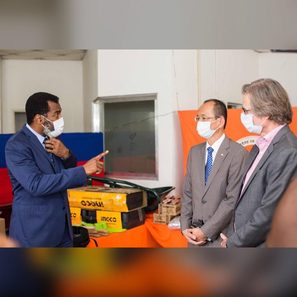 Le PNUD fait don d'un lot de matériel estimé à 268 807 $ US à la direction de la protection civile