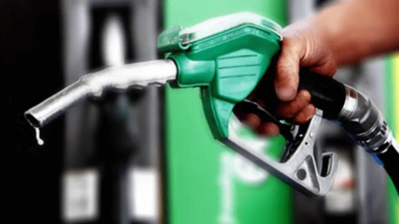 Le président annonce une baisse des prix du kérosène et du diesel