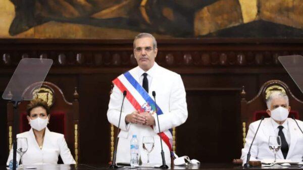 Luis Rodolfo Abinader investi comme le 39e président dominicain