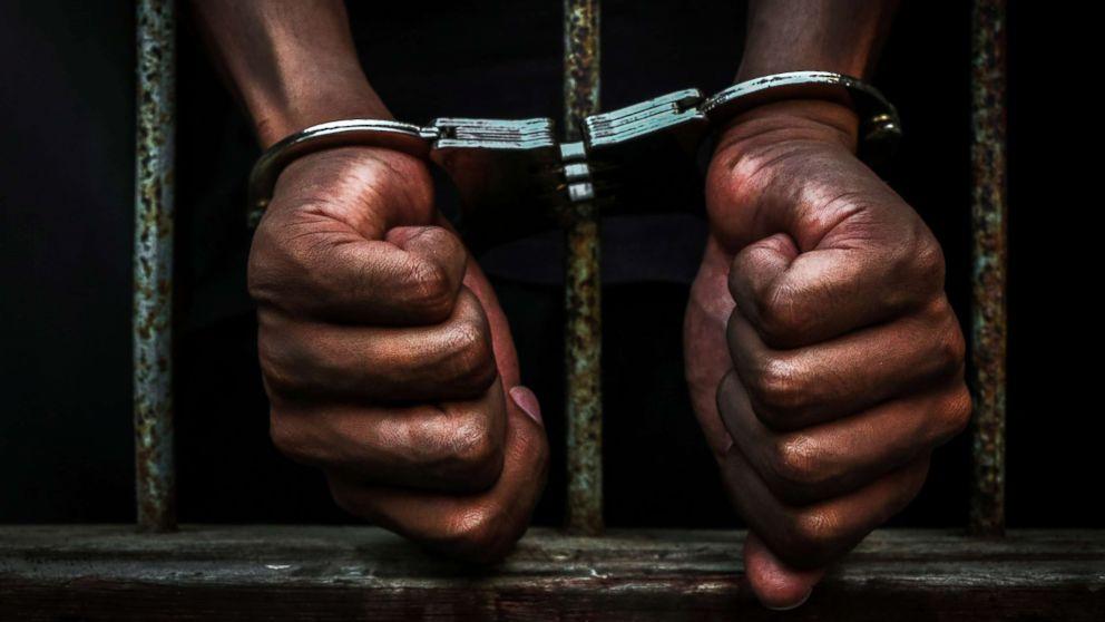 États-Unis: les prisonniers noirs reçoivent des peines plus longues que leurs homologues blancs