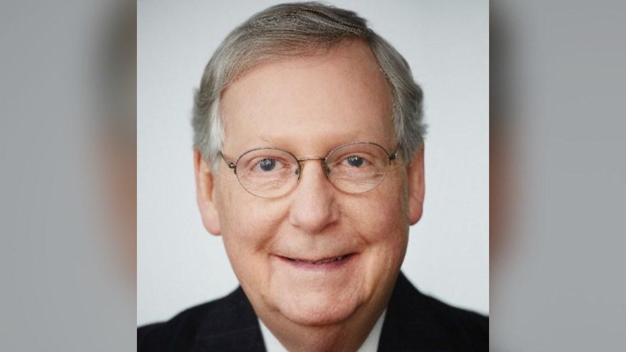 Mitch McConnell, le chef des républicains au Sénat reconnaît la victoire de Joe Biden