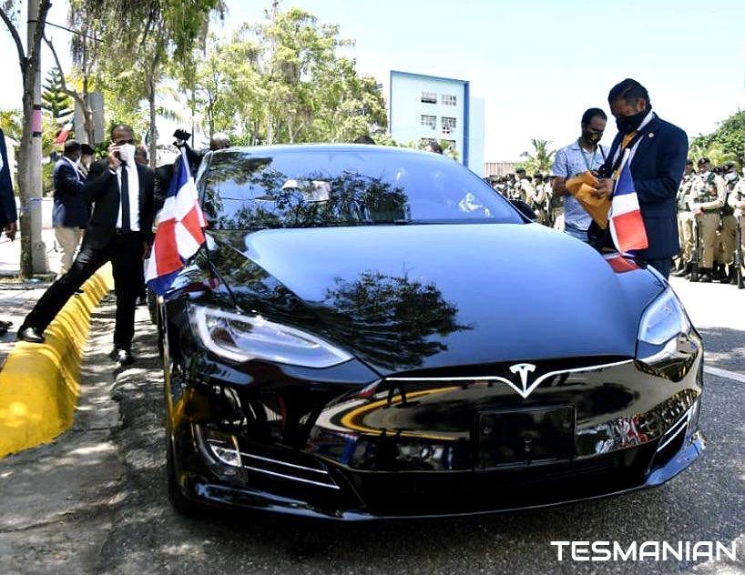 Luis Abinader invite Elon Musk, PDG de Tesla Motors, à investir en République dominicaine