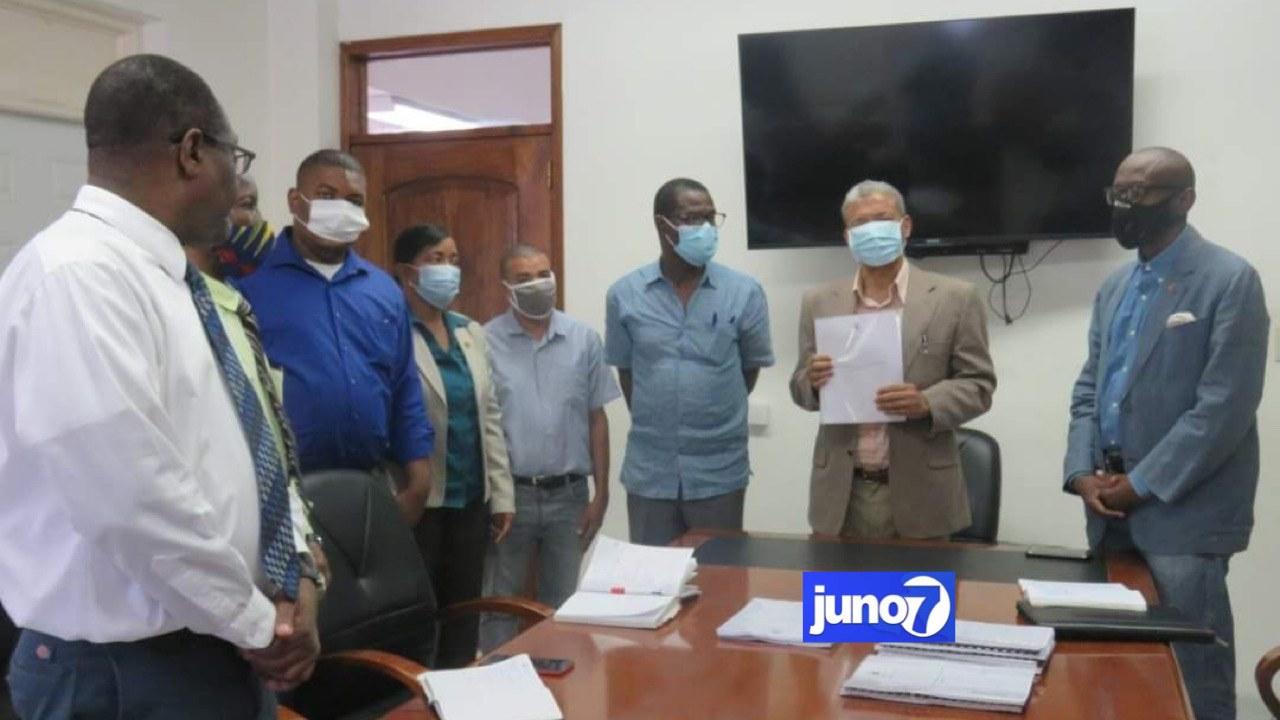 Le projet de loi organique de l'université d'État d'Haïti remis au Conseil Exécutif