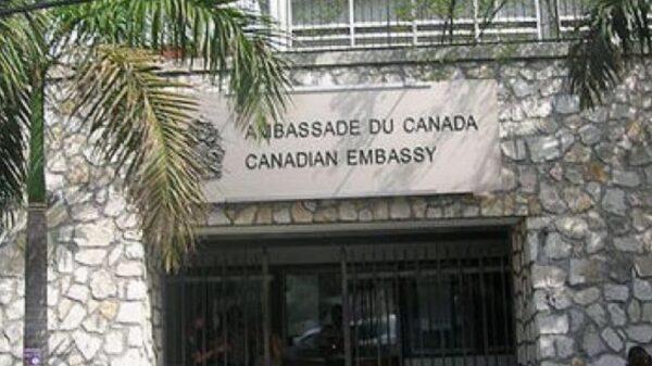 Le Canada rouvre son centre de demande de visa
