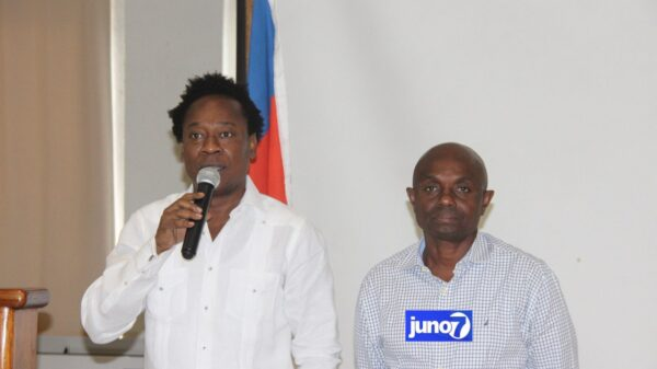 Le sénateur Garcia Delva a son propre parti politique: Ayiti Avan(AYA)