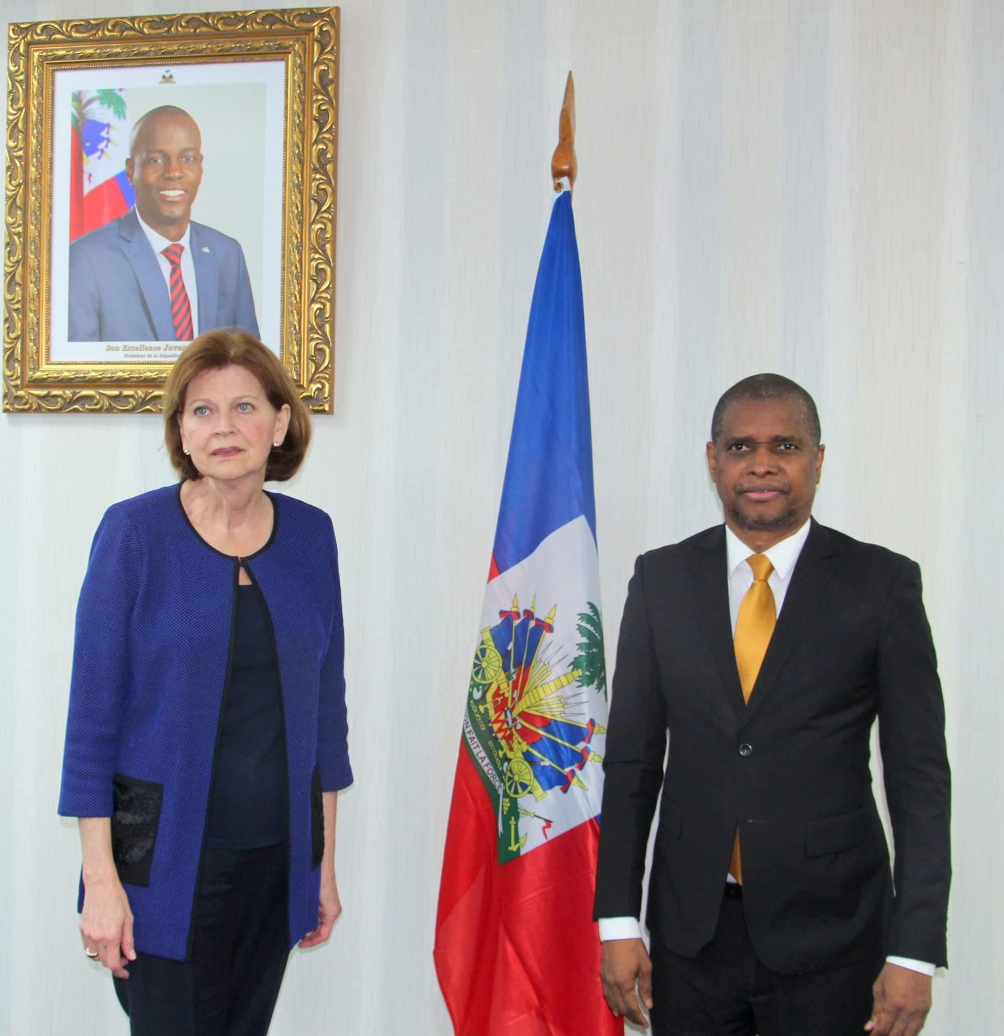 La cheffe du BINUH visite le ministre de l'intérieur