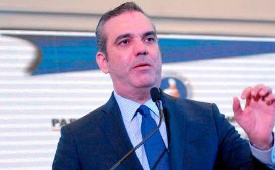 Covid-19: Luis Abinader prolonge le couvre-feu pour 25 jours