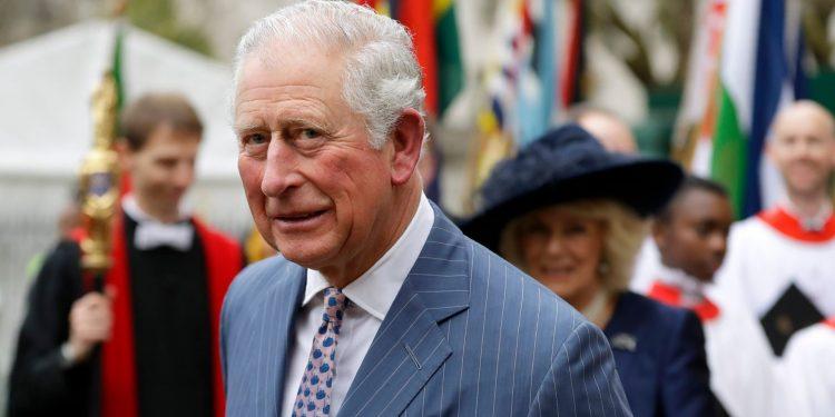 Le prince Charles, héritier de la couronne britannique, testé positif au COVID-19