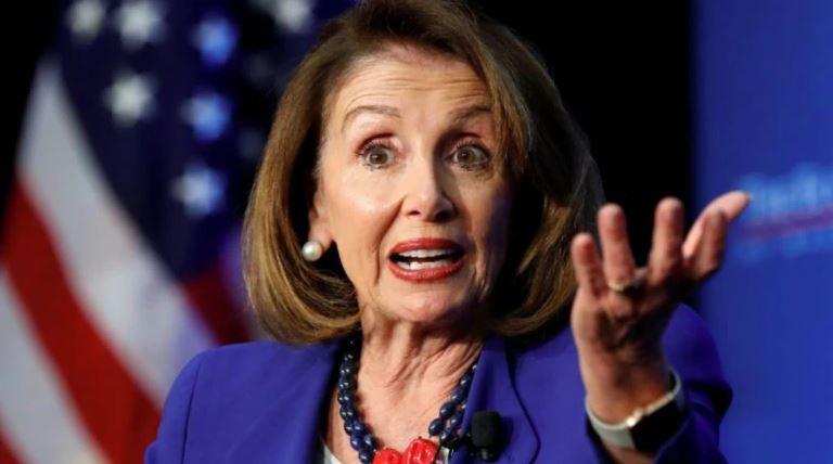 Nancy Pelosi remet en question la capacité de Trump à diriger