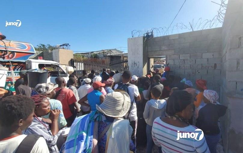 Covid-19 : embouteillage à la frontière haïtiano-dominicaine