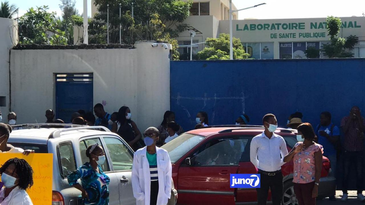 Arrêt de travail au laboratoire national pour exiger la libération d'un employé kidnappé