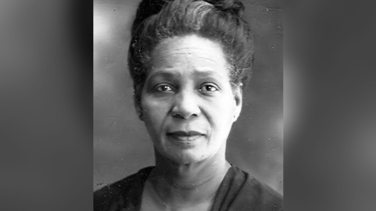 26 janvier 1956: décès, à Port-au-Prince, de Cléante Desgraves-Valcin