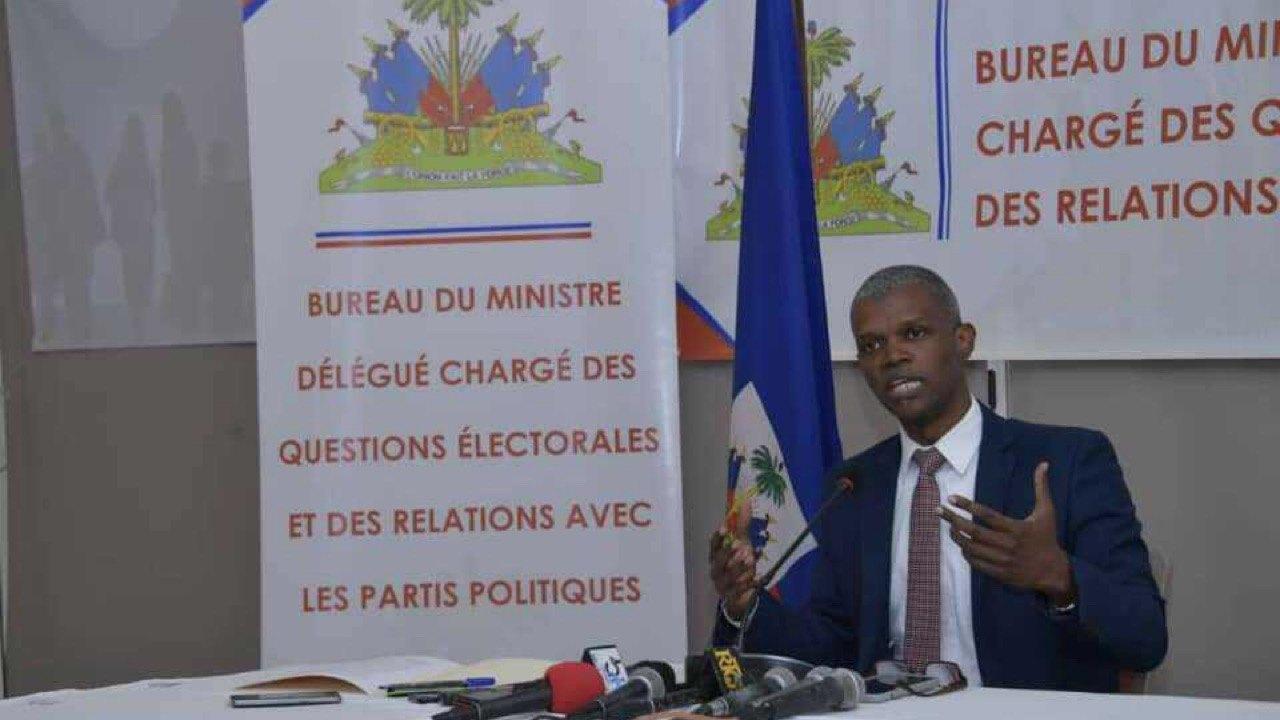 Report officiel du référendum constitutionnel prévu le 25 avril 2021