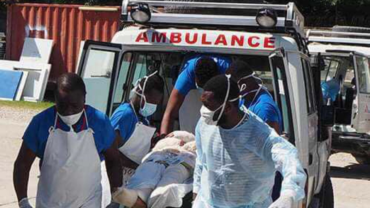 MSF transfère des patients brûlés à cause des affrontements armés à Drouillard