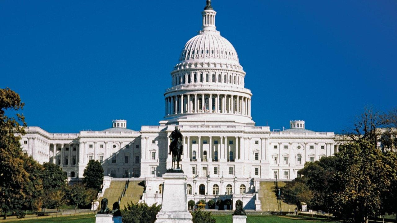 Des parlementaires américains demandent au département d'État de suporter une transition en Haïti