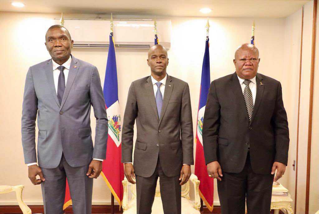 Rencontre entre les présidents des trois pouvoirs de l'État sur la crise