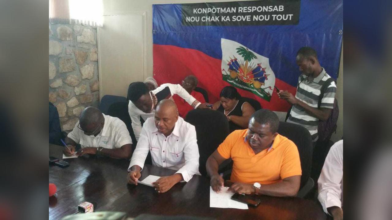 Opozisyon an deklare mwa me a se mwa mobilizasyon pou bare koze referandòm lan