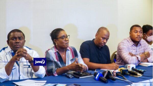 Haiti Secteur Démocratique et Populaire - Sektè Demokratik (SDP) la drese yon bilan negatif kont PHTK epi anonse yon kalandriye aktivite kont referandòm lan