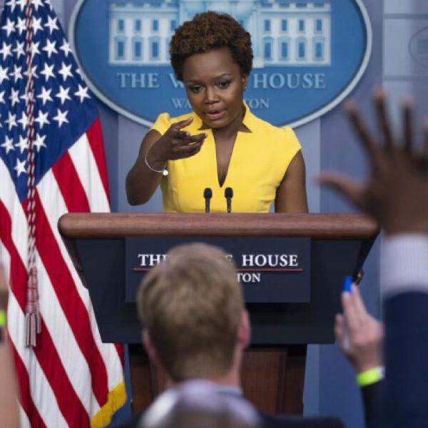 Karine Jean-Pierre, deuxième femme noire à marquer l'histoire de la Maison Blanche