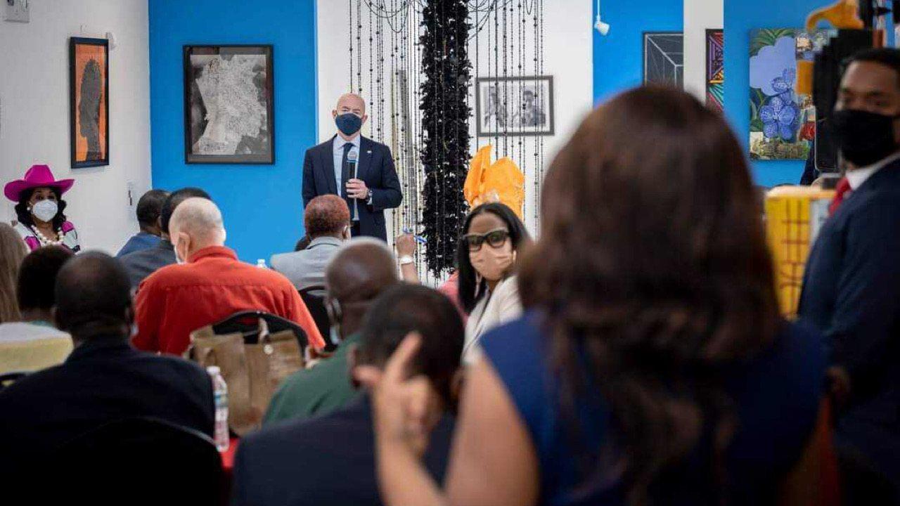 Alejandro Mayorkas a rencontré les leaders de la communauté haïtiano-américaine