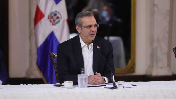 République Dominicaine: le président dominicain, Luis Abinader accorde la nationalité à 50 Haïtiens