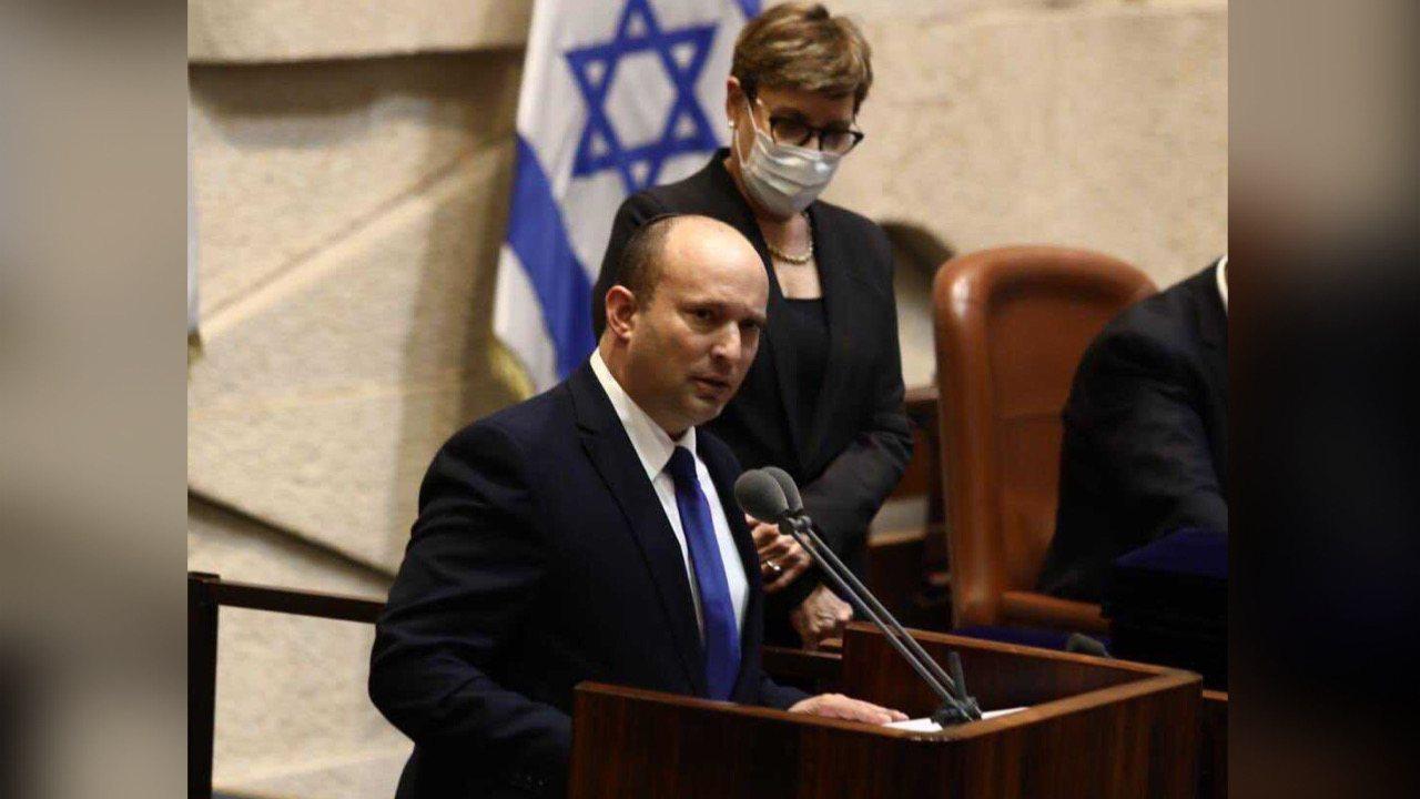 Israël: Après 12 ans de règne, Benyamin Netanyahou écarté du pouvoir au profit de Naftali Bennett