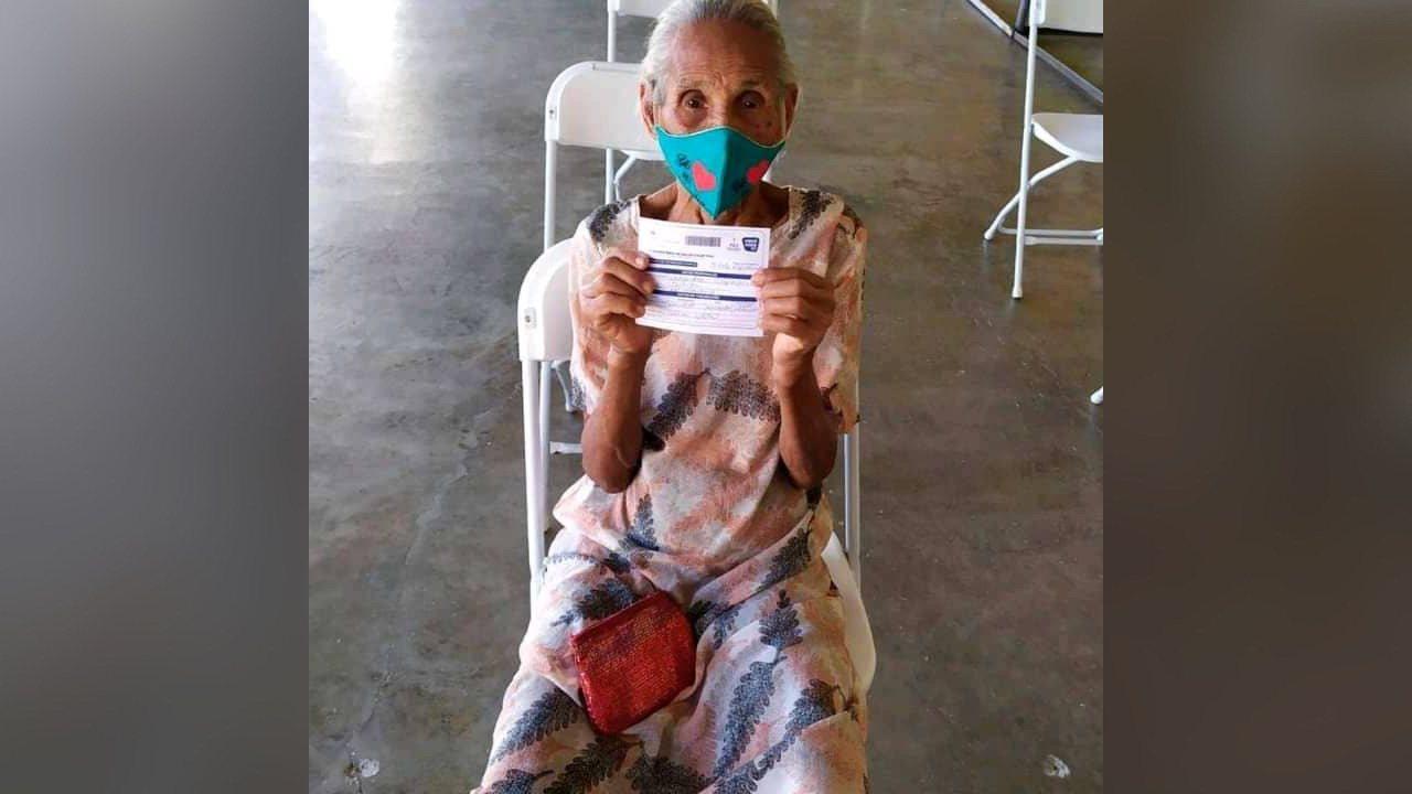 Repiblik Dominikèn: Yon dam 121 lane pran vaksen kont kowonaviris