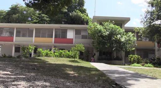 COVID-19: l'Hôpital du Canapé Vert n'est plus en mesure de recevoir de nouveaux cas de Covid-19