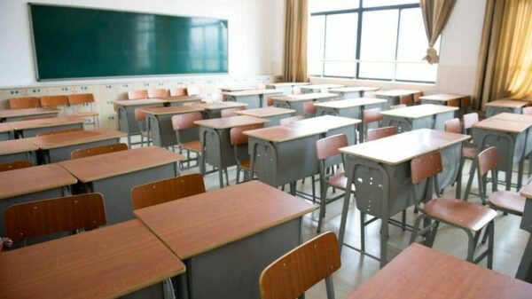 Le gouvernement ordonne la fermeture des classes au 11 juin 2021