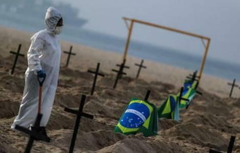 Covid-19: Un demi million de morts au Brésil