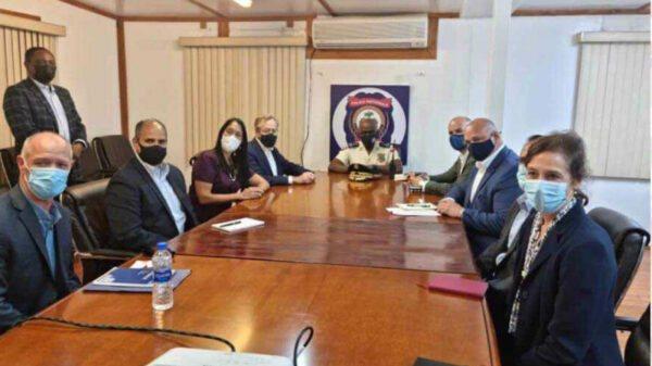 Haiti: La délégation américaine a rencontré Léon Charles autour de l'assassinat du président