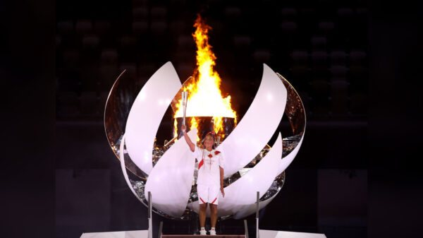 JO- 2020: la Tenniswoman Naomi Osaka a allumé la Vasque