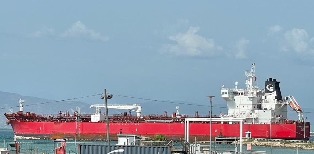 Une cargaison de 245 000 barils de produits pétroliers est arrivée en Haïti ce mardi