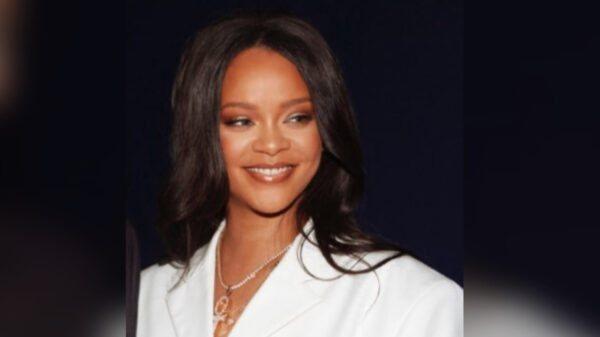 Rihanna officiellement la chanteuse la plus riche du monde